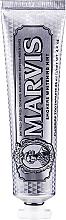 """Parfumuri și produse cosmetice Pastă de dinți """"Mentă de albire pentru fumători"""" - Marvis Smokers Whitening Mint"""