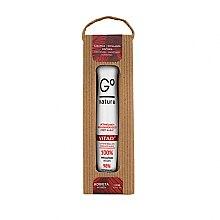 Parfumuri și produse cosmetice Stick-lifting pentru pleoape cu vitaminele A+E+C - GoNature Lift Eye Roll-On with vit. A+E+C Vitao°