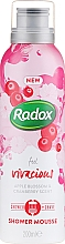 Parfumuri și produse cosmetice Spumă de corp - Radox Feel Vivacious Apple Blossom & Cranberry Shower Mousse