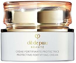Parfumuri și produse cosmetice Cremă antirid de zi pentru față - Cle De Peau Protective Fortifying Cream SPF 22