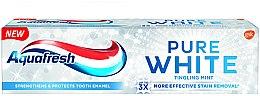 """Parfumuri și produse cosmetice Pastă de dinți cu efect de albire """"Tingling mint"""" - Aquafresh Pure White Tingling Mint"""