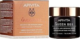Parfumuri și produse cosmetice Cremă cu textură ușoară, îngrijire anti-îmbătrânire complexă - Apivita Queen Bee Holistic Age Defence Cream Light Texture