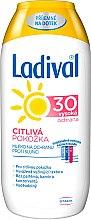 Parfumuri și produse cosmetice Lapte de bronzat pentru pielea sensibilă SPF 30 - Ladival Sensitive Milk