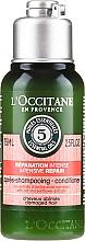 Parfumuri și produse cosmetice Balsam regenerant de păr - L'Occitane Aromachologie Intensive Repair Conditioner (Mini)