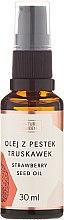 Parfumuri și produse cosmetice Ulei de semințe de căpșună - Nature Queen Strawberry Seed Oil