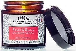"""Parfumuri și produse cosmetice Lumânare parfumată """"Căpșună-Busuioc"""" - Le Chatelard 1802 Strawberry & Basil Scented Candle"""