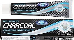 Parfumuri și produse cosmetice Pastă de dinți, cu cărbune activ - Beauty Formulas Charcoal Activated Fluoride Toothpaste