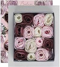 Set de trandafiri din săpun - Baylis & Harding Boudoire Velvet Rose & Cashmere Soap Petal Set — Imagine N2