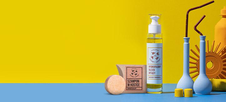 La achiziționarea produselor Cztery Szpaki începând cu suma de 75 RON, primești cadou un șampon solid