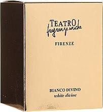 Parfumuri și produse cosmetice Lumânare aromată - Teatro Fragranze Uniche Bianco Divino Scented Candle