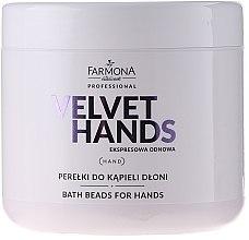 Parfumuri și produse cosmetice Perle de baie pentru mâini, cu aromă de crin și liliac - Farmona Professional Velvet Hands Bath Beads For Hands