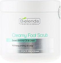 Parfumuri și produse cosmetice Scrub cremos pentru picioare - Bielenda Professional Foot Paradise Creamy Foot Scrub With Almond Oil And Urea