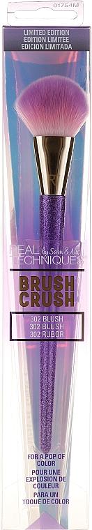 Pensulă pentru machiaj - Real Techniques Brush Crush 302 Powder — Imagine N2