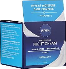 Parfumuri și produse cosmetice Cremă hidratantă de noapte pentru ten normal - Nivea Moisturizing Night Cream Vitamin E For Normal Skin