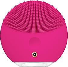 Perie de curățare și masaj pentru față - Foreo Luna Mini 3 Facial Cleansing Brush Fuchsia — Imagine N2