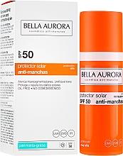 Parfumuri și produse cosmetice Fluid de protecție solară pentru ten gras - Bella Aurora Sunscreen Gel Oily Skin SPF50+