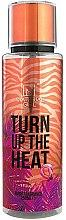 Parfumuri și produse cosmetice Material Girl Turn Up The Heat - Spray de corp