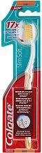 Parfumuri și produse cosmetice Periuță de dinți moale, galbenă - Colgate Slim Soft Ultra Compact