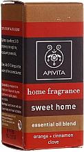 """Parfumuri și produse cosmetice Compoziție de uleiuri esențiale """"Cozy estate"""" - Apivita Aromatherapy Home Fragrance"""