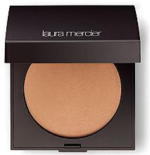 Parfumuri și produse cosmetice Pudră de față - Laura Mercier Matte Radiance Baked Powder Compact