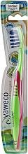 Parfumuri și produse cosmetice Periuță de dinți, duritate medie, verde-roz - Yaweco Toothbrush Nylon Medium