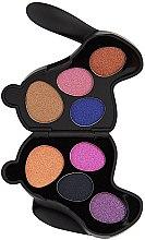 Parfumuri și produse cosmetice Paletă de farduri de ochi - I Heart Revolution Bunny Liquorice Palette