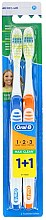 Parfumuri și produse cosmetice Set periuțe de dinți (medium, albastru+ portocaliu) - Oral-B 1 2 3 Maxi Clean 40 Medium 1+1
