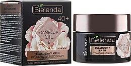 Parfumuri și produse cosmetice Cremă hidratantă pentru față 40+ - Bielenda Camellia Oil Luxurious Anti-Wrinkle Cream 40+