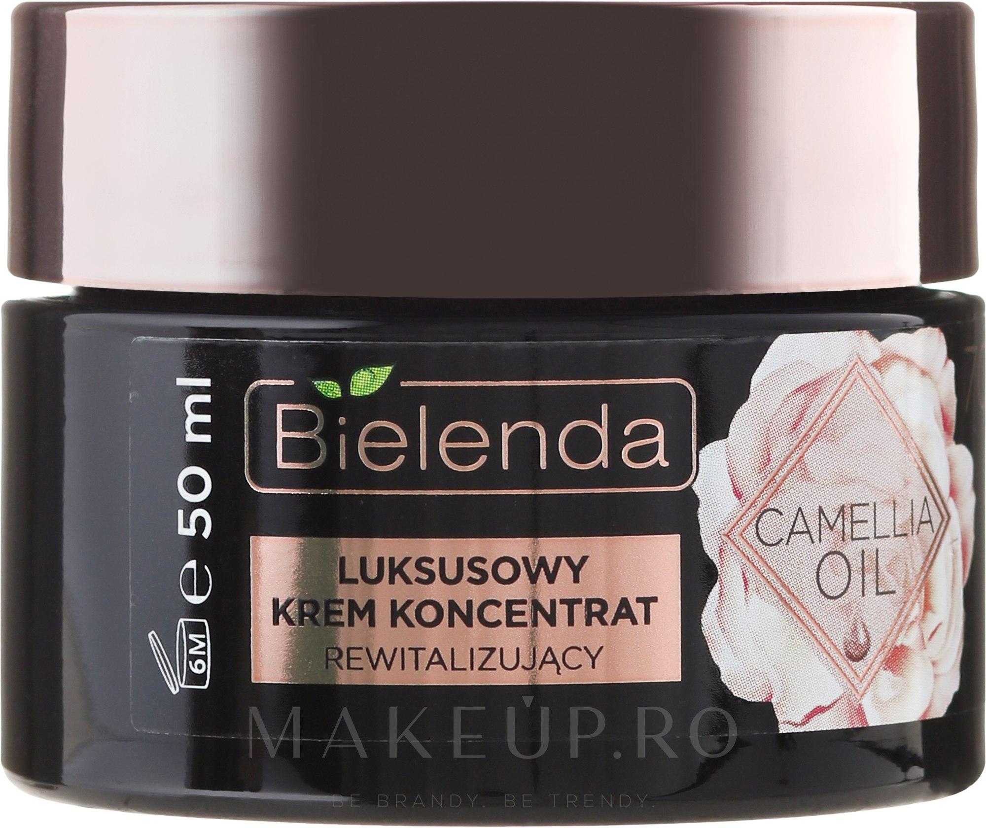Cremă-lifting cu efect antirid 70+ - Bielenda Camellia Oil Luxurious Cream 70+ — Imagine 50 ml