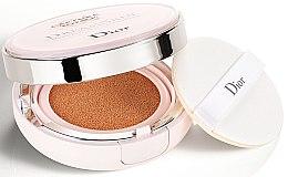 Parfumuri și produse cosmetice Fond de ten fluid cushion - Dior Capture Totale Dream Skin Perfect Skin Cushion SPF 50/PA+++