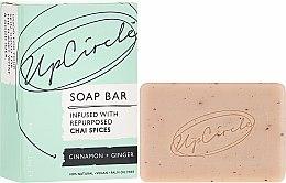 "Parfumuri și produse cosmetice Săpun ""Scorțișoară și Ghimbir"" - UpCircle Cinnamon + Ginger Chai Soap Bar"