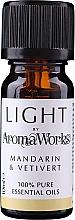 "Parfumuri și produse cosmetice Ulei esențial ""Mandarină și Vetiver"" - AromaWorks Light Range Mandarin and Vetivert Essential Oil"