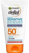 Parfumuri și produse cosmetice Cremă cu protecție solară pentru piele sensibilă - Garnier Delial Ambre Solaire Sensitive Advanced Anti-Aging Sunscreen SPF50