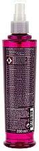 Spray pentru aranjarea părului creț - Tigi Bed Head Foxy Curls Hi-def Curl Spray — Imagine N2