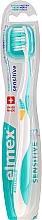 Parfumuri și produse cosmetice Periuță de dinți moale, galben-turcoaz - Elmex Sensitive Toothbrush Extra Soft