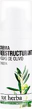 Parfumuri și produse cosmetice Cremă hidratantă de zi pentru copii - Tot Herba Crema Restructuring Cream of Olive Leaves