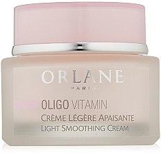 Parfumuri și produse cosmetice Cremă matifiantă pentru față - Orlane Oligo Vitamin Light Smoothing Cream