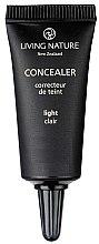 Parfumuri și produse cosmetice Concealer - Living Nature Concealer