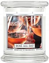 Parfumuri și produse cosmetice Lumânăre aromată în suport de sticlă - Kringle Candle Rose All Day