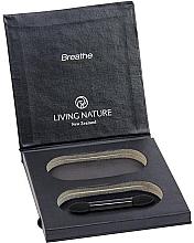 Parfumuri și produse cosmetice Husă pentru farduri de ochi - Living Nature Eyeshadow Compact Case