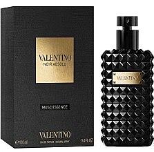 Parfumuri și produse cosmetice Valentino Noir Absolu Musc Essence - Apă de parfum