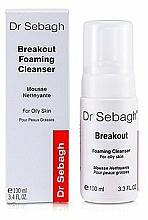 Parfumuri și produse cosmetice Spumă de curățare pentru ten gras și acneic - Dr Sebagh Breakout Foaming Cleanser For Oily & Acne Prone Skin