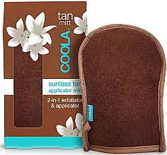 Parfumuri și produse cosmetice Mănușă aplicator 2 în 1 - Coola Organic Sunless Tan Sculpting Mousse