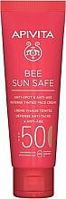 Parfumuri și produse cosmetice Cremă cu alge marine și propolis pentru față - Apivita Bee Sun Safe Anti-Spot & Anti-Age Defense Tinted Face Cream SPF 50