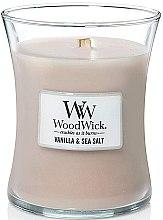 Parfumuri și produse cosmetice Lumânare aromată în suport de sticlă - WoodWick Hourglass Candle Vanilla & Sea Salt