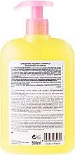 Șampon delicat cu extract de floare de migdale - Corine de Farme Baby — Imagine N2
