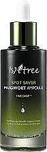 Parfumuri și produse cosmetice Ser calmant cu extract de pelin - IsNtree Spot Saver Mugwort Ampoule