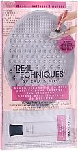 Parfumuri și produse cosmetice Covoraș pentru curățarea pensulelor - Real Techniques Brush Cleansing Palette
