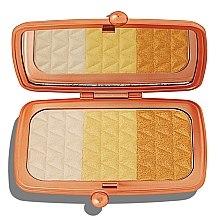 Parfumuri și produse cosmetice Paletă iluminatoare pentru față - Makeup Revolution Renaissance Illuminate Highlighter Palettes