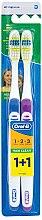 Parfumuri și produse cosmetice Set de periuțe de dinți (medium, albastru + violet) - Oral-B 1 2 3 Maxi Clean 40 Medium 1+1